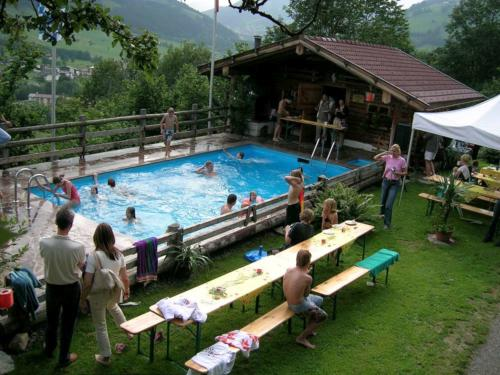 05-schwimmbad